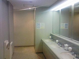 トイレを見れば会社がわかる、トイレを綺麗にされている企業は業務もきちんとされている様に感じる